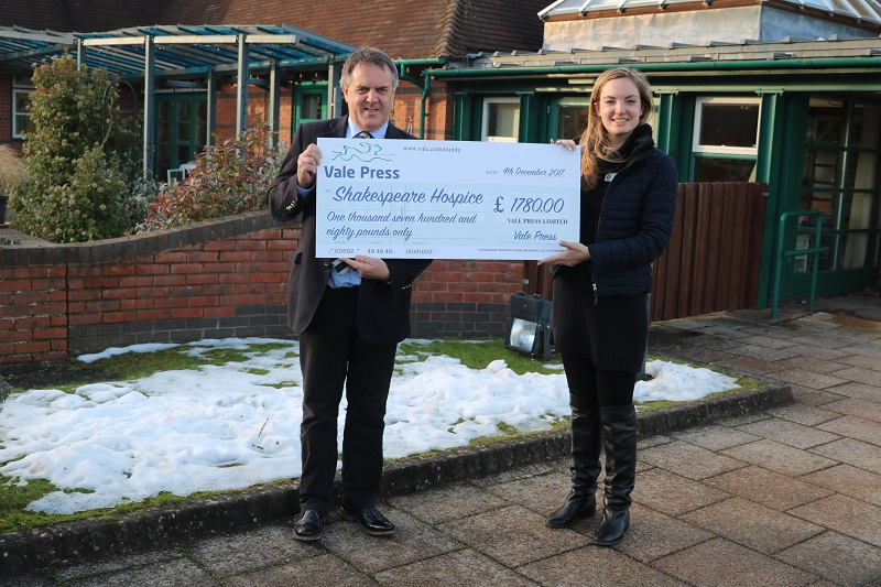 Vale Hand over cheque to hospice